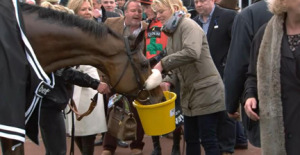 Winning Dodging Bullets enjoys a victory drink. Image credit @Channel4Racing