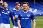 everton_2017_18_umbro_home_kit_o