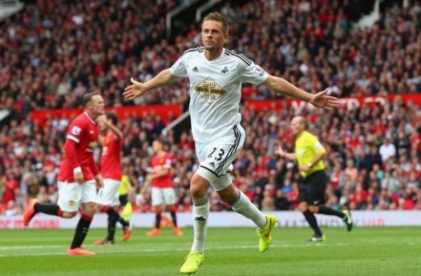 http://bleacherreport.com/articles/2165073-manchester-united-vs-swansea-city-live-score-highlights-from-premier-league